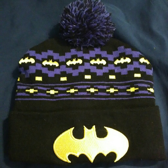 12d622dc5f7 DC Comics Accessories - NWOT Batman beanie